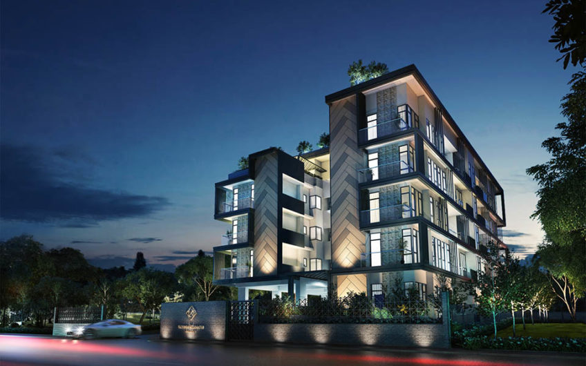 Straits Mansions